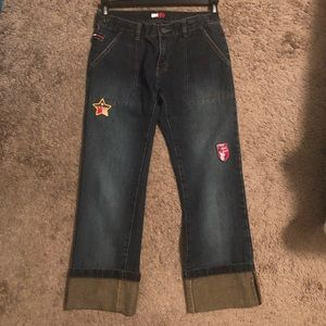 TOMMY JEANS - cropped with patches attached